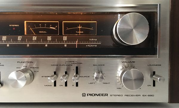 Vintage Pioneer SX-890 Stereo Receiver - Rare Find!