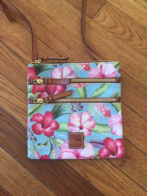 Dooney and Bourke tropical island purse for Sale in FL, US