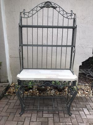 Marble Wrought Iron Foyer Entryway Table for Sale in Pompano Beach, FL