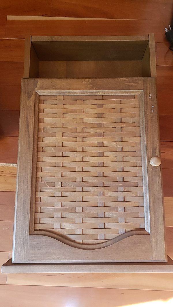RARE Lonaberger small hanging shelf
