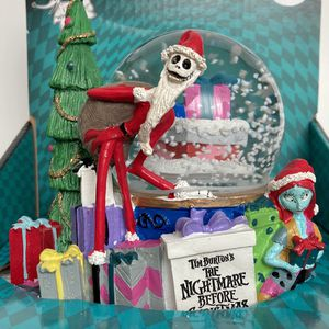 NEW Disney The Nightmare Before Christmas Musical Swirling Snow Globe Snowglobe Jack and Sally for Sale in Montebello, CA