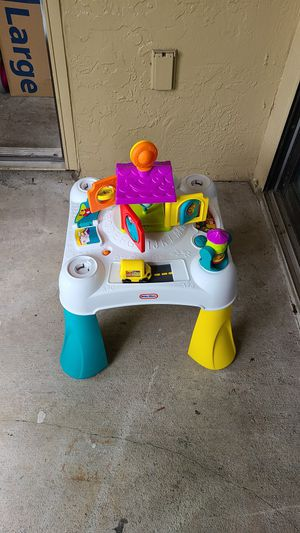 Kid toys and car seat for Sale in Miami, FL