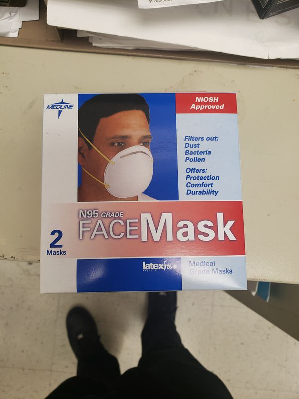 Medline N95 Grade Face Mask with loop