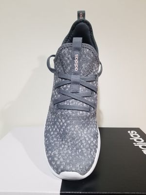 adidas woman running shoe size 10 for Sale in Garden Grove, CA