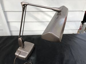 Dazor vintage Floating fixture work station/desk lamp for Sale in Indianapolis, IN