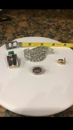 Antique lot of jewelry pins brooches for Sale in Acworth, GA