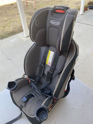 Graco Slimfit all-in-one Car Seat for Sale in Pico Rivera, CA