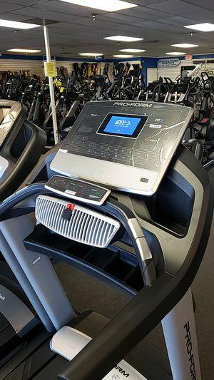 Clearance Proform Pro 2000 commercial grade treadmill! for Sale in Phoenix, AZ