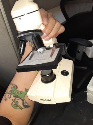Microscope**LikeNew** for Sale in Washington, DC