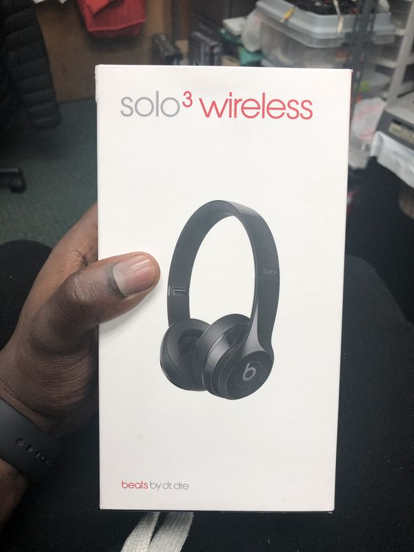Headphones, Electronics BEATS IN BOX USED SOLO 3 WIRELESS