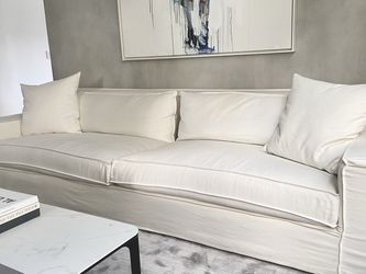 RESTORATION HARDWARE 10ft SOFA - Mint Conditions for Sale in Miami,  FL