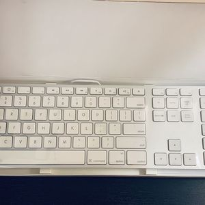New Apple Keyboard In Sealed Package for Sale in Westlake, OH