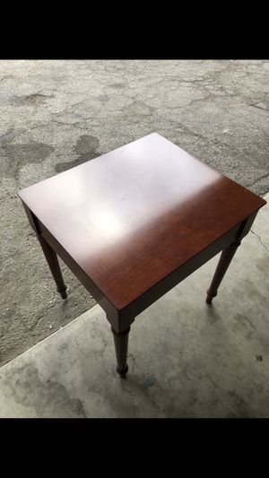 Antique vintage table for Sale in Los Angeles, CA