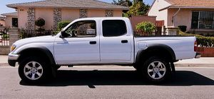 Toyota 2003 Tacoma CD Audio for Sale in Rochester, NY
