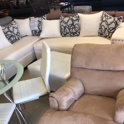 Sectional for Sale in Charleston,  SC