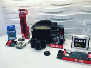 Sony A6000 Big Deluxe Bundle! DSLR 24MP Camera + Extreme Pro SDCX Memory Card for Sale in Miami Beach, FL