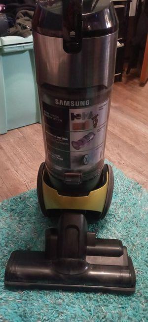 Samsung cyclone force vacuum for Sale in Wichita, KS