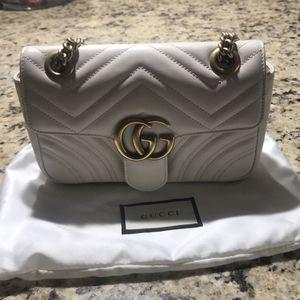 Gucci Mini Marmont Bag for Sale in Westland, MI