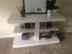 Tv stand / Storage Furniture White Shelves Desk for Sale in Carol Stream, IL
