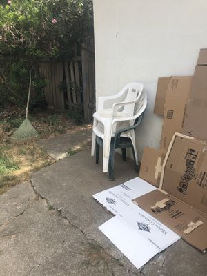 Plastic chairs for Sale in Chico, CA