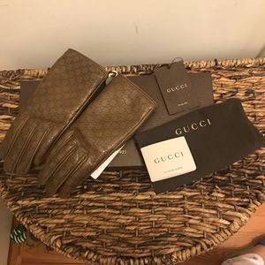 NEW GUCCI Signature Leather Brown Gloves Sz 7 for Sale in Boston, MA
