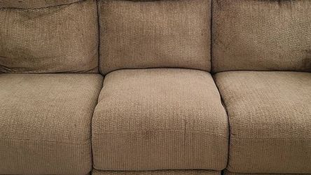 Tan Recliner Sofa for Sale in Homewood,  IL