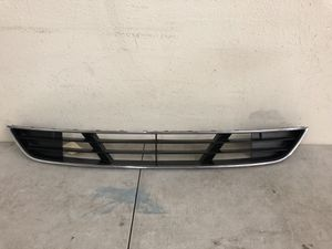 2012 - 2014 Hyundai Genesis Sedan Lower Grille Grill OEM for Sale in Los Angeles, CA