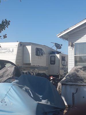 Rv trailer 1994 come look for Sale in Stockton, CA