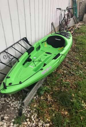 10ft bali ss kayak for Sale in West Chicago, IL