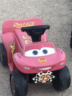 Cars Lighting McQueen Toddler Ride On 6 Volt Quad for Sale in Phoenix,  AZ