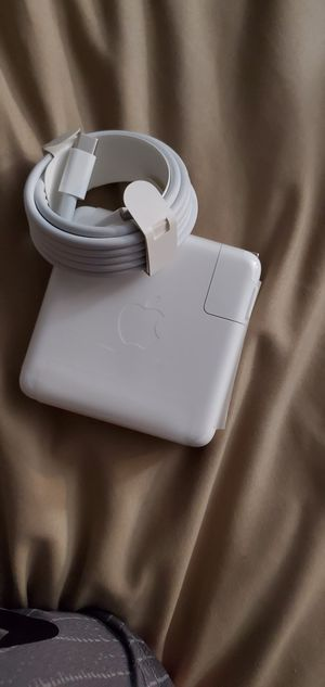 Apple usb c 87watt power charger NEW for Sale in Gilroy, CA