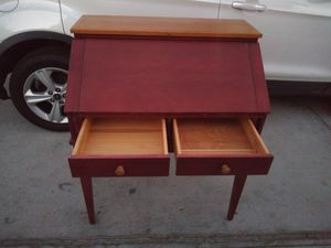 Vintage desk for Sale in San Bernardino, CA