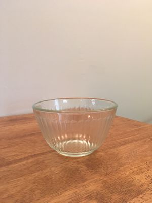 Vintage Pyrex fluted bowl for Sale in Durham, NC