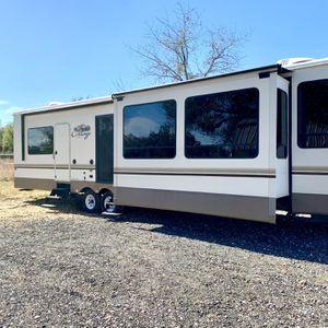 2017 Cedar creek cottage 40cc for Sale in Clermont, FL