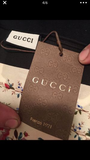 New women Gucci scarf - price drop ! for Sale in Vancouver, WA