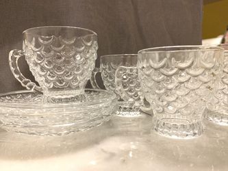 Clear Glass 6 Tea Cup Set with Saucers for Sale in Lorton,  VA