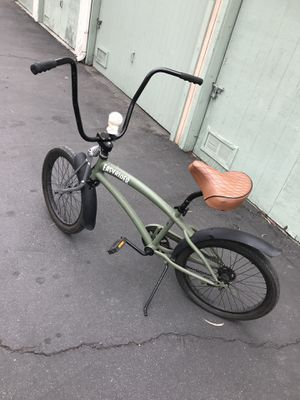 CUSTOM HB Easyrider 20 in Bike for Sale in Anaheim, CA