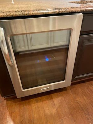 """Beautiful """"KITCHEN-AID"""" 46 Bottle Wine Cooler for Sale in Fulton, MD"""