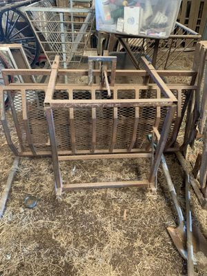 Sheep/Goat flipper table for Sale in Paragould, AR