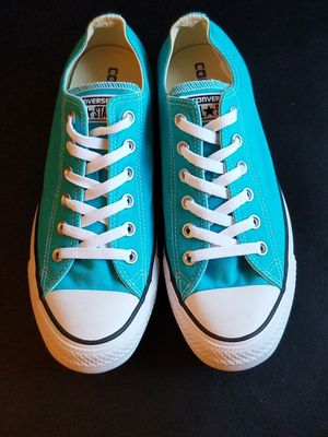 Converse all stars size 8 for Sale in Las Vegas, NV