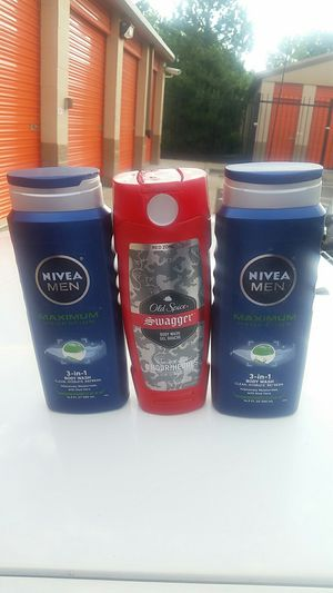 2 NIVEA MEN MAXIMUM HYDRATION 3 IN 1 BODY WASH AND 1 OLD SPICE SWAGGER BODY WASH for Sale in Denver, CO