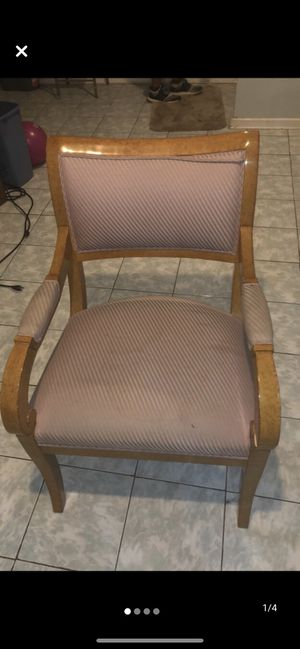 Chair for Sale in Naperville, IL