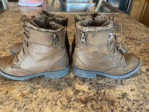 Girls size 11 boots for Sale in Avondale, AZ