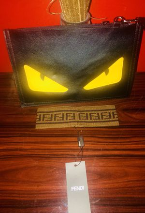 Fendi Clutch or Large Wrist Bag and Head Band for Sale in KNG OF PRUSSA, PA