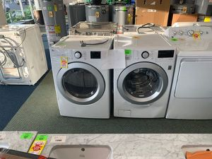 LG ELECTRIC WATER AND DRYER SET EGCX for Sale in Dallas, TX