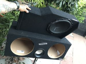 "Speaker box. 12"" groundshaker for Sale in Rosemead, CA"