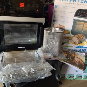 GoWise deluxe 12.7 quart 15 prest electric air fryer oven black new excellent condition all accessories included in original box for Sale in Las Vegas, NV
