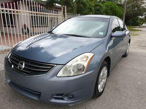 2012 Nissan Altima - Clean title for Sale in Miami, FL