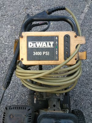 Pressure washer 3200 for Sale in Tampa, FL