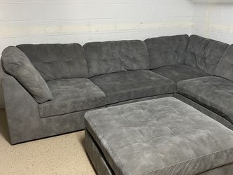 Sectional Couch for Sale in Orlando,  FL